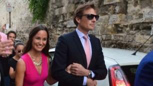 Bari come Buckingham   video    Pippa e Harry ospiti alle nozze