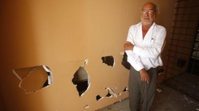 Roma, vandali al Maxxi: danneggiata  un'opera di Gaetano Pesce -   foto