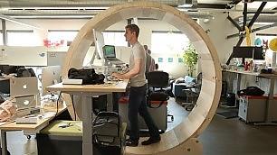 In ufficio come un criceto La ruota per fare movimento