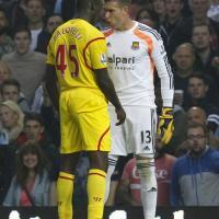 Liverpool ko, Balotelli litiga con il portiere avversario