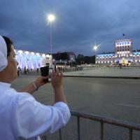 """Il Papa in Albania, misure di sicurezza eccezionali. Ai vescovi: """"Sappiate mettervi in..."""