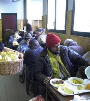 """Stop ai fondi Ue contro la fame, colpa di Germania e Italia. """"Così 4 milioni di persone sono senza aiuti"""""""