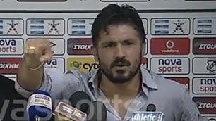 Gattuso come Malesani e il Trap Dieci minuti di show con la stampa