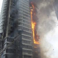 Russia, in fiamme grattacielo di 25 piani