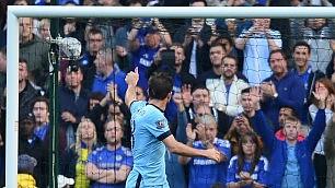 Standing ovation per il gol dell'ex Lampard entra e segna al Chelsea