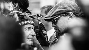 Di Caprio e il capo tribù    video    i volti della marcia per il clima