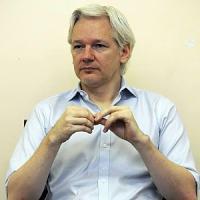 """Assange: """"Il nuovo totalitarismo sono i colossi del web"""""""