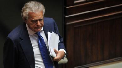Finanziamento illecito, Verdini a giudizio  per l'acquisto di un palazzo a Roma