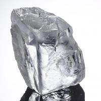 """Creati i """"nanofili"""" di diamante: ci porteranno nello spazio"""
