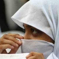 Turchia, governo abolisce divieto del velo islamico nei licei
