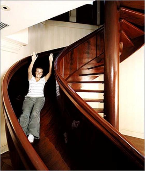 Da quella artistica a quella musicale le scale diventano for Habitaciones con piscina dentro