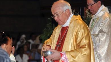 Arcivescovo arrestato in Vaticano con il via libera del Papa -   foto