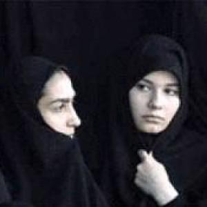 Iran, le donne e i loro diritti sembrano stare a cuore del presidente Rohani, ma gli ostacoli ci sono anche per lui