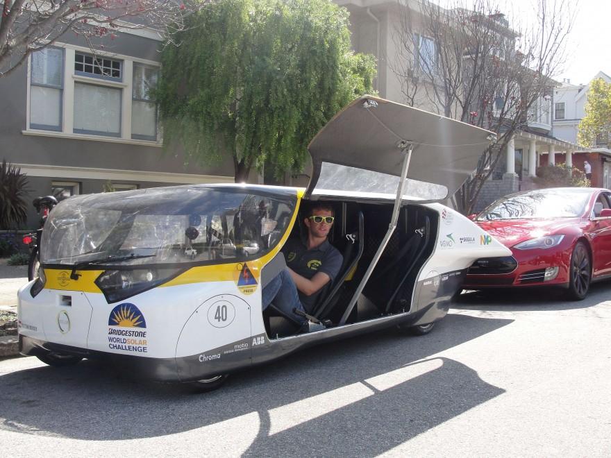 Stella, l'auto fotovoltaica inventata dagli studenti - Repubblica.it