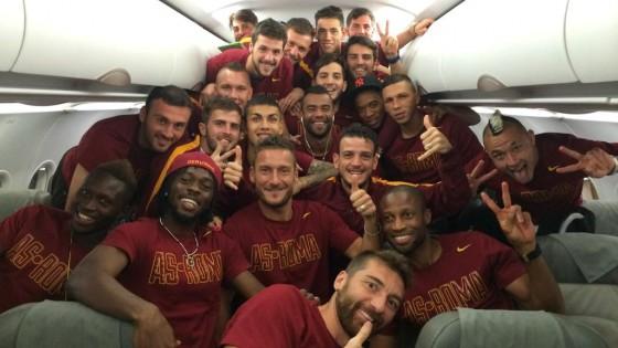 """Roma, Totti esalta Pjanic: """"E' il nostro piccolo principe"""""""