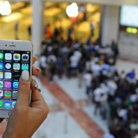Code e follie nell'iPhone day italiano