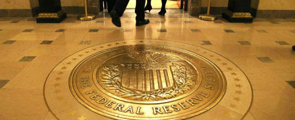 "Una ""gola profonda"" inchioda la Fed: ""Era succube di Goldman Sachs"""