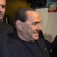 """Berlusconi: """"Fi unita altri sono divisi"""". Ma Fitto: """"Finora più campagna a Renzi che..."""