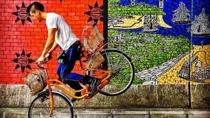 Il viaggio in bici è pop