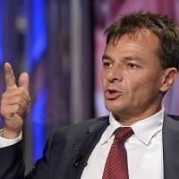 """Stefano Fassina: """"Non voglio l'esecutivo della Troika ma Renzi sta con l'establishment"""""""