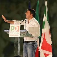 """Renzi al contrattacco sul Jobs Act: """"Riforma in pochi giorni"""". E insiste sul Tfr in busta..."""