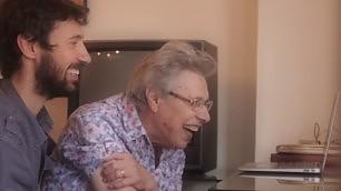 Come ti connetto i nonni   Foto   la webserie aiuta gli anziani