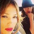 """J. Lo, selfie dopo l'incidente   """"Grazie a Dio stiamo bene"""""""