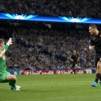 Totti, un gol per la storia: il più anziano marcatore in Champions