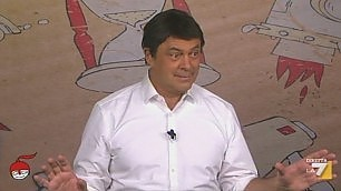"""Crozza fa Matteo Renzi il poeta """"L'Italia è un Paese infinito"""""""
