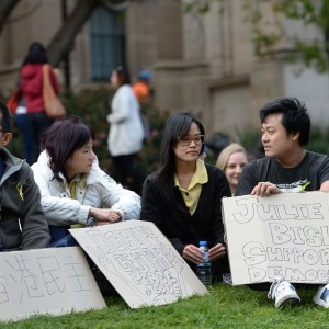 """Hong Kong: ultimatum degli studenti al governo: """"Dimissioni entro domani"""""""