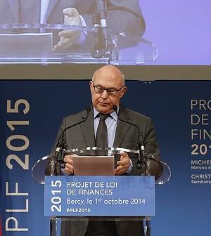 """La Francia si ribella all'Ue: """"No austerity, deficit al 4,4%"""""""