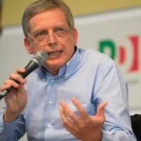 """Gianni Cuperlo: """"La nostra partita non finisce qui, sui licenziamenti bisogna cambiare"""""""