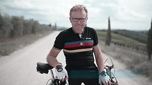 Bici d'epoca, vino e ribollita l'Eroica nel mito del ciclismo