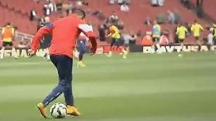 Sanchez, la nuova finta doppio passo all'indietro