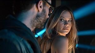 """""""I Maroon 5 istigano gli stalker"""" Le donne contro Adam Levine"""