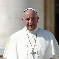 """Papa: """"Democrazia a rischio con aumento diseguaglianze e povertà. Tutelare i diritti sul..."""