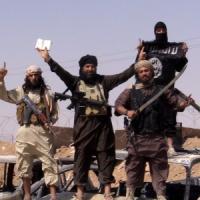 Raid non fermano Is. Jihadisti alla periferia di Kobane. Attaccate basi a ovest di Bagdad