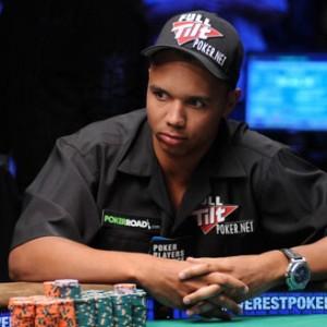 """Il casinò non paga 10 mln al re del poker: """"Legge il dorso delle carte, è un baro"""""""