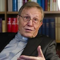 """Kasper: """"Attenti a non perdersi in discussioni dottrinali, è ora di ascoltare i fedeli"""""""