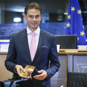 """Katainen al Parlamento Ue: """"Investimenti ma senza creare nuovo debito"""""""