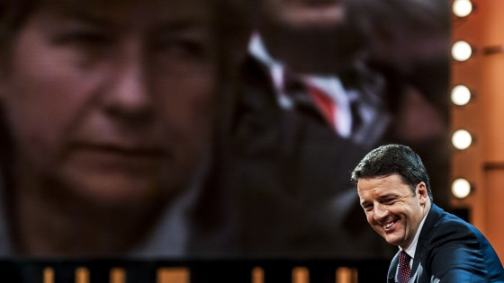 "Jobs Act, Renzi: ""Dialogo, non veti. Escludo agguati dal Pd"". Bersani: ""Fiducia forzatura, ma noi leali"""