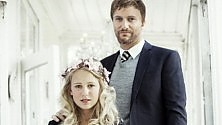 La sposa-bambina norvegese  per una campagna shock  contro matrimoni  e gravidanze precoci