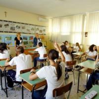 """Gb, studenti in classe alle 10. """"I teenager devono dormire di più la mattina"""""""