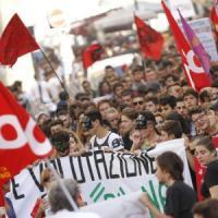 Scuola, la carica dei 100mila: studenti contro le riforme del governo