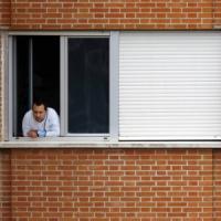 """Ebola, contagio da sangue e organi prima di 21 giorni. Centro europeo: """"Allerta per..."""