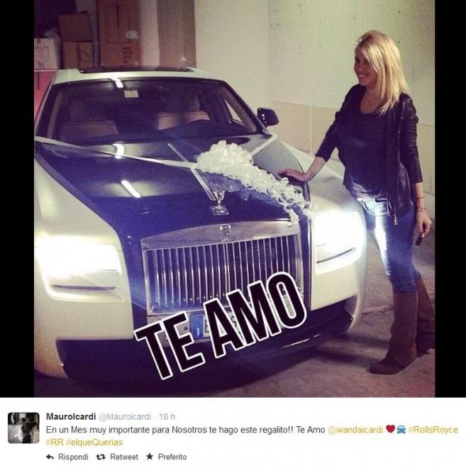 Il 'regalito' di Icardi a Wanda: una Rolls Royce con fiocco