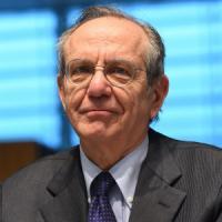 """Padoan: """"Usiamo la flessibilità Ue nelle regole"""". Moody's promuove il Jobs Act"""