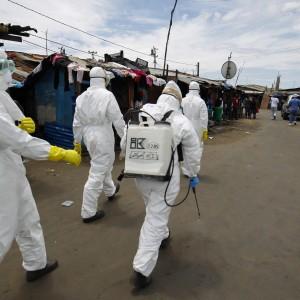 """Ebola, secondo contagiato negli Usa: """"Ha preso un aereo con 132 persone a bordo"""""""