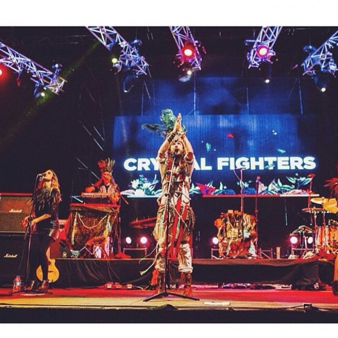 Folk, elettronica e alternative: la folle dance dei Crystal Fighters
