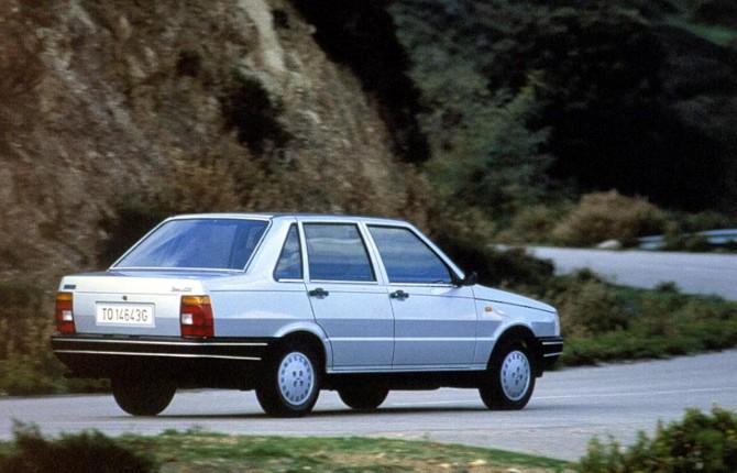 Legge stabilità: stretta sulle finte auto storiche, niente bollo solo se trentenni